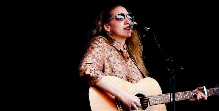 Jasmine Beth at Wimbourne Folk Festival. 2018. 2. Credit. Danika Westwood. 945 x 480.