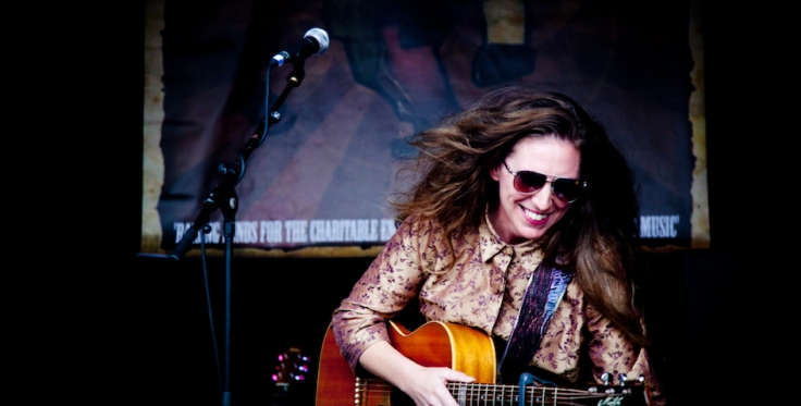 Jasmine Beth at Wimbourne Folk Festival. 2018. 3. Credit Danika Westwood. 945 x 480.